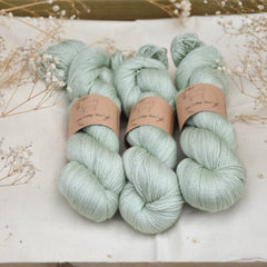 Titus Lace in Misty Woods (Dyelot 110618)