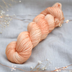 Titus 4ply in Cloudberry (Dyelot 121218)