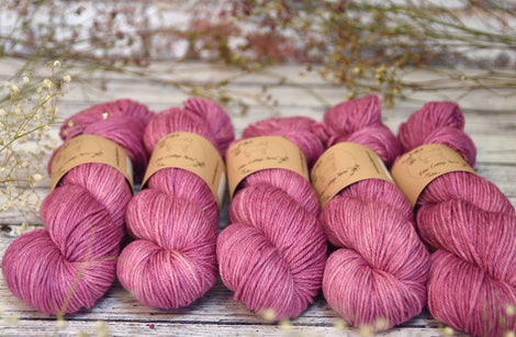 Pendle DK in Flowering Currant (Dyelot 121217)
