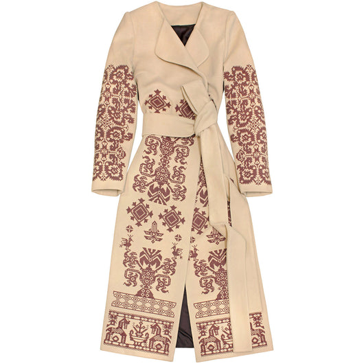 Coat with embroidery