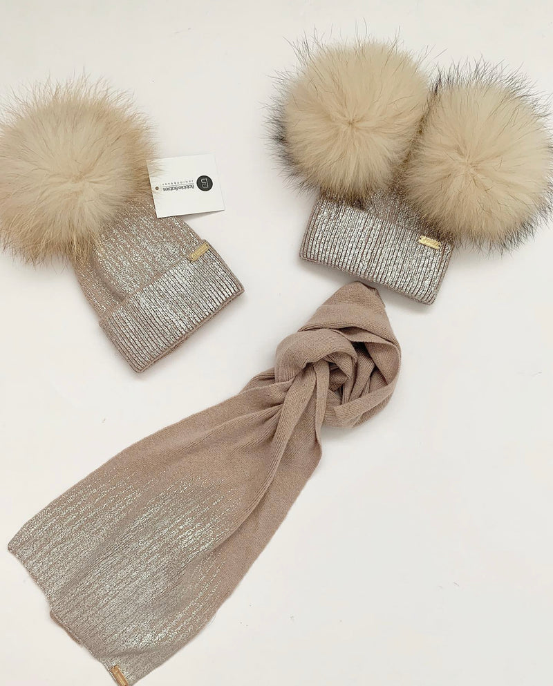 Angora 'Florence'  pompom hat and scarf / Cappuccino