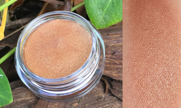GOLDEN GATE Color Pot Mineral Highlighter- Use on Eyes, Cheeks and Lips