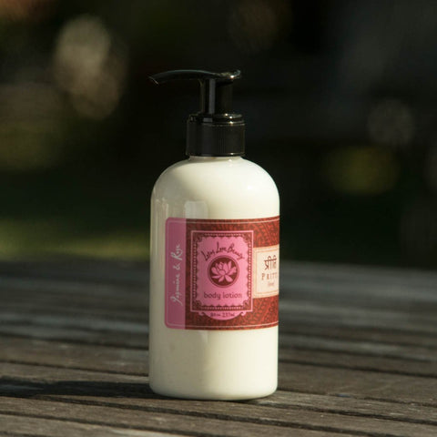 Lotus Love Body Lotion: Pritti (Jasmine + Rose)