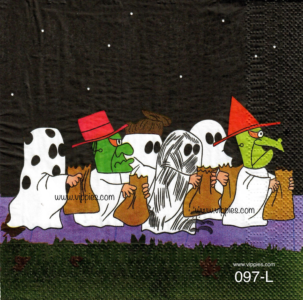 CTN-097 Peanuts Halloween Parade Napkin for Decoupage