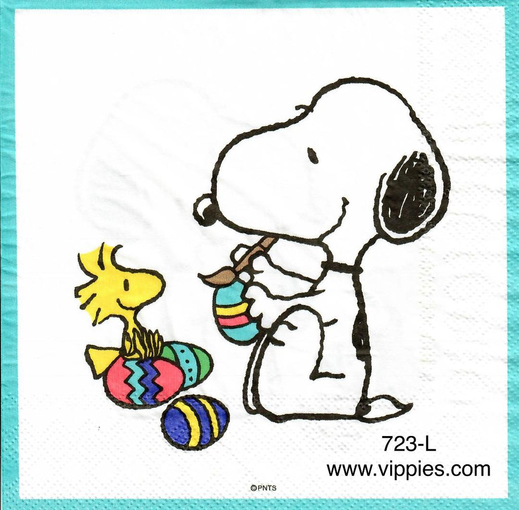 EAST-723 Snoopy Painting Egg with Woodstock Napkin for Decoupage