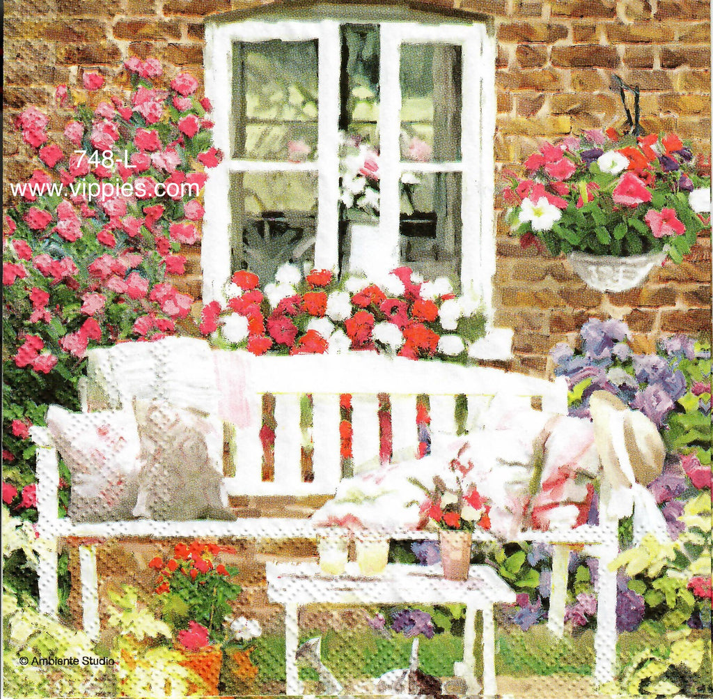 FL-748 Garden Bench Napkin for Decoupage