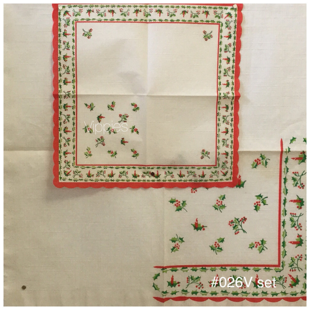 VNT-026-V Holly Scallop Set 2 Vintage Napkin