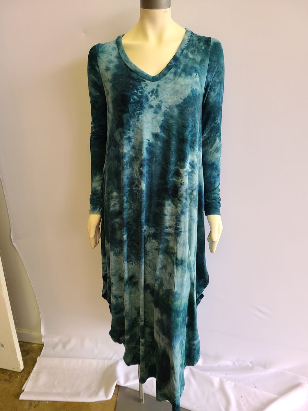 Tie-Dye V neckline Maxi dress