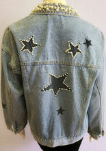Load image into Gallery viewer, Pear star denim jacket