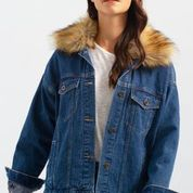 Load image into Gallery viewer, Drop Shoulder Jacket with Fur Collar