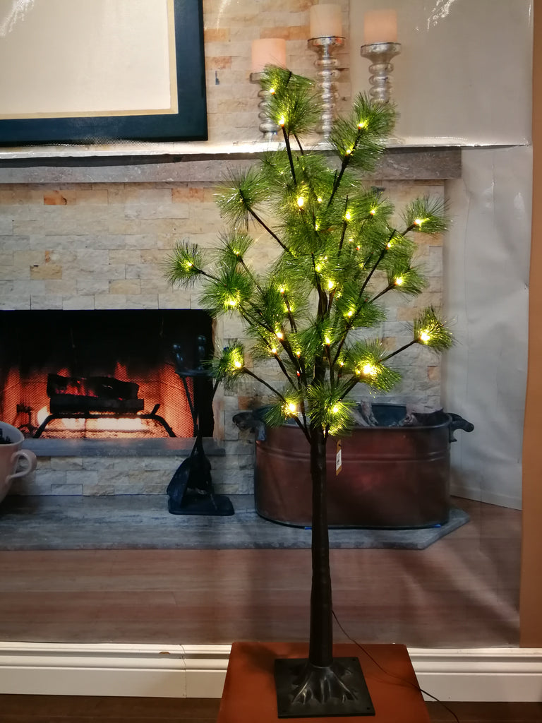 Christmas  Tree with warm white LED lights  H: 3.5 Feet - IDEC Sense