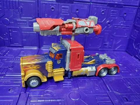 TRANSFORMERS DARK OF THE MOON DELUXE CLASS LUNARFIRE OPTIMUS PRIME