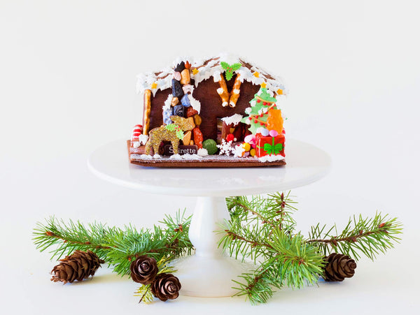 Gingerbread Woodland Cabin