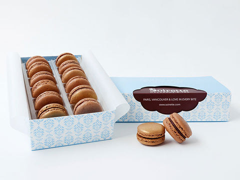 Praline Deluxe Macarons - Box of 12
