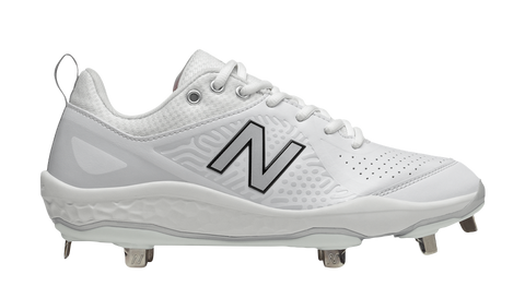 New Balance Women's Fresh Foam Velo 2 Metal Fastpitch Cleat