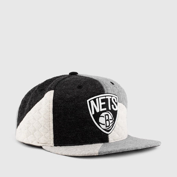 "Mitchell & Ness NBA Brooklyn Nets ""Fleece Slasher"" Snapback Cap - Adjustable Hat"