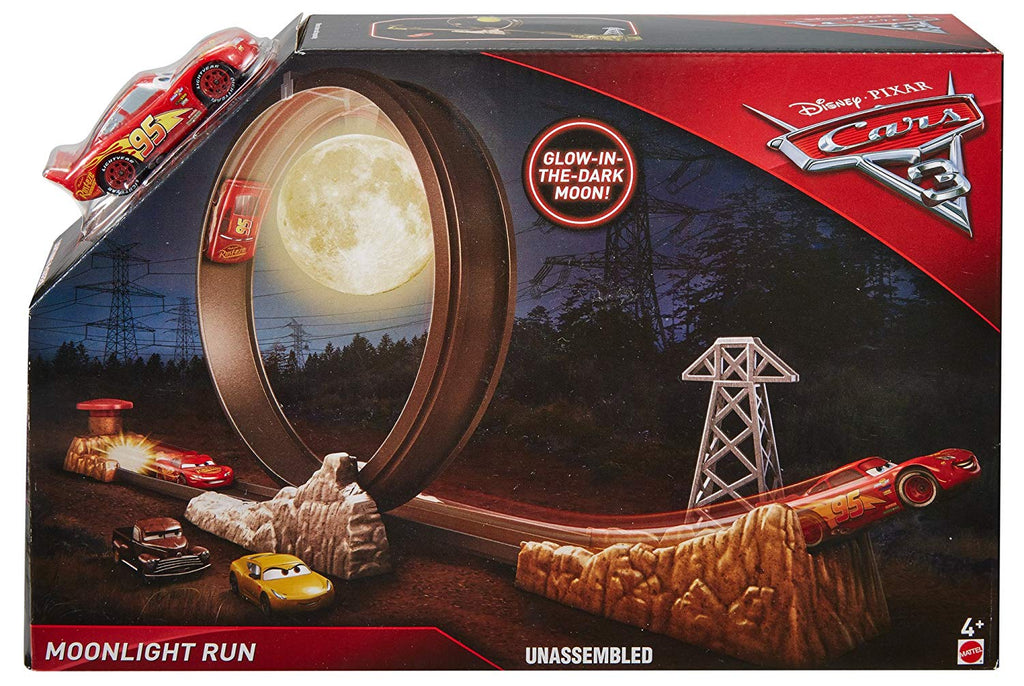 Disney/Pixar Cars 3 Moonlight Run Playset with Lightning McQueen