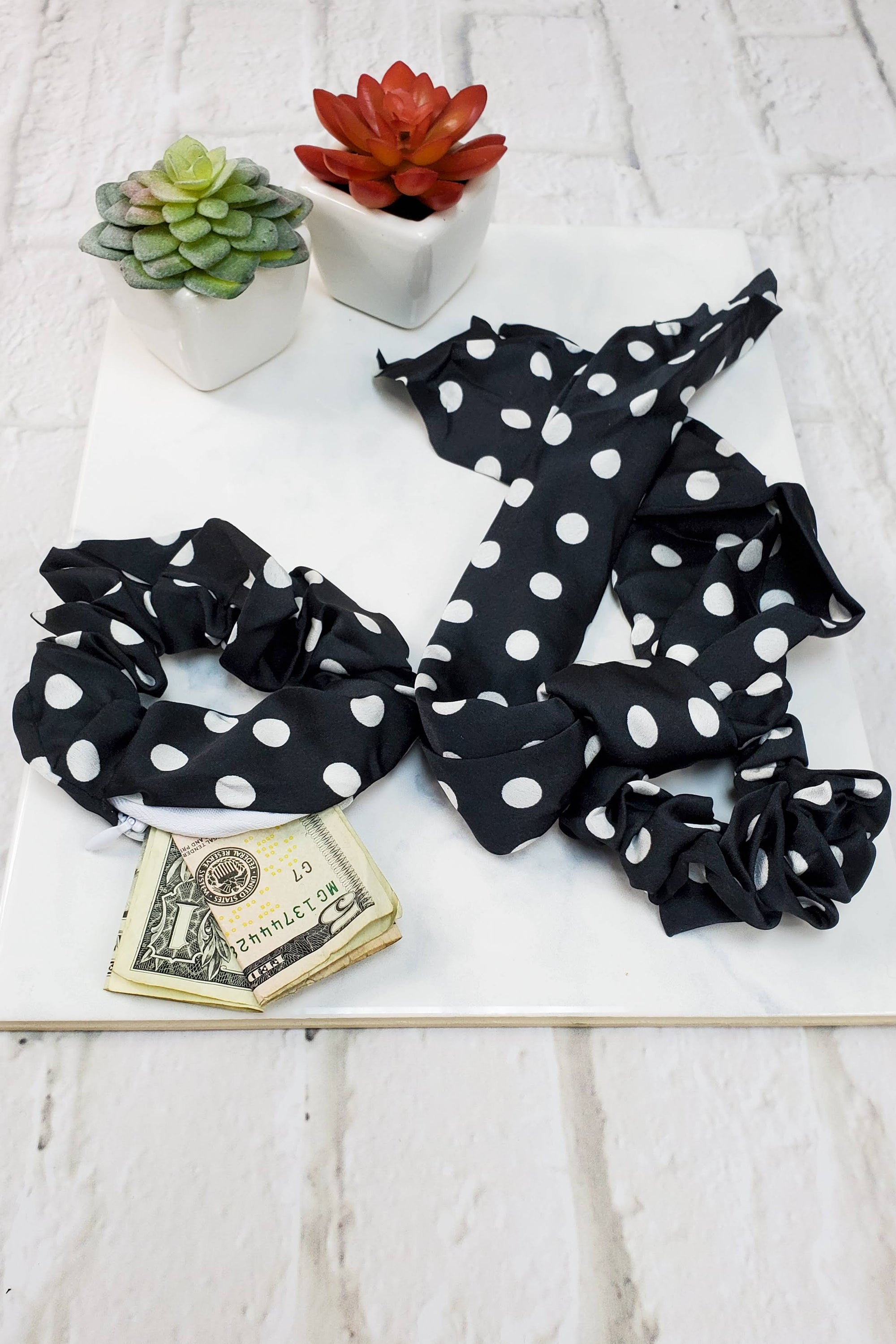 #3 Black Polka Dot Scrunchie Set