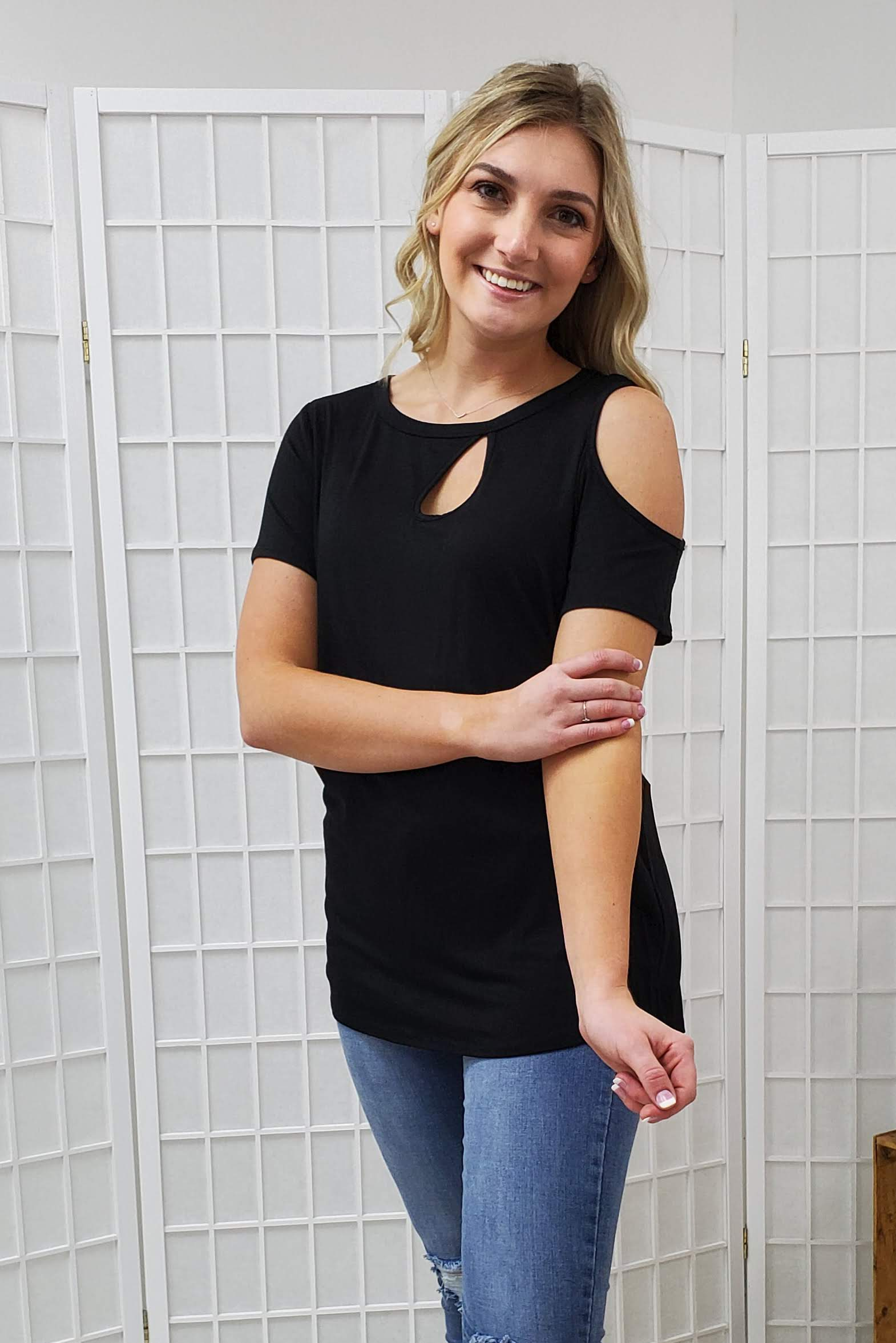 Veda Black Top