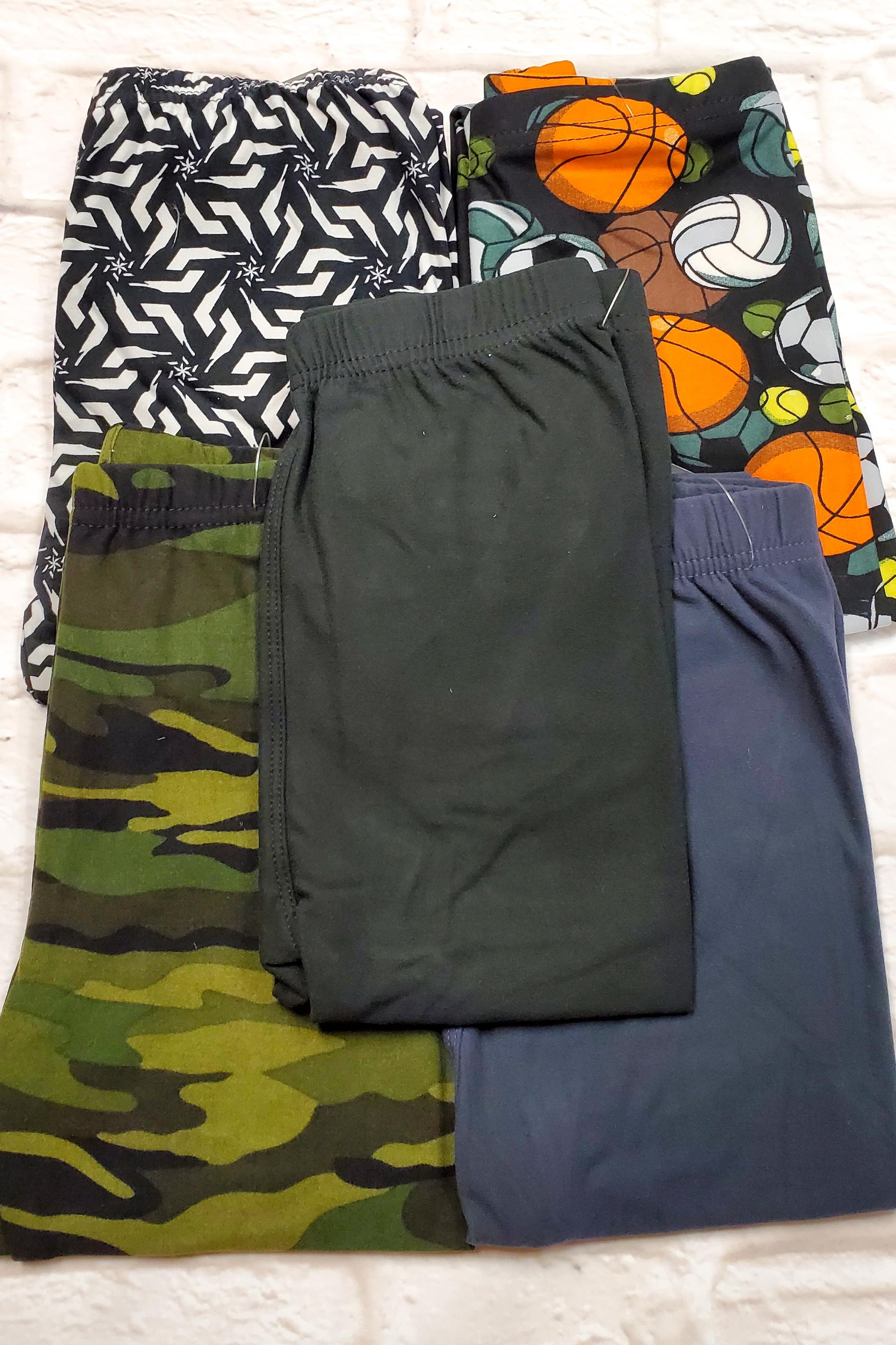 KIDS LEGGINGS CLEARANCE 5pk BUNDLE M Small (as pictured)