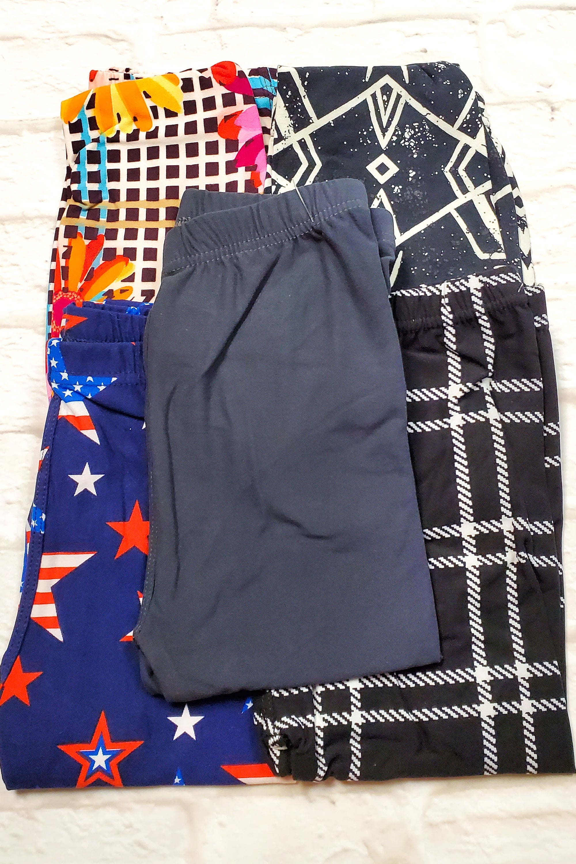 KIDS LEGGINGS CLEARANCE 5pk BUNDLE P Small (as pictured)
