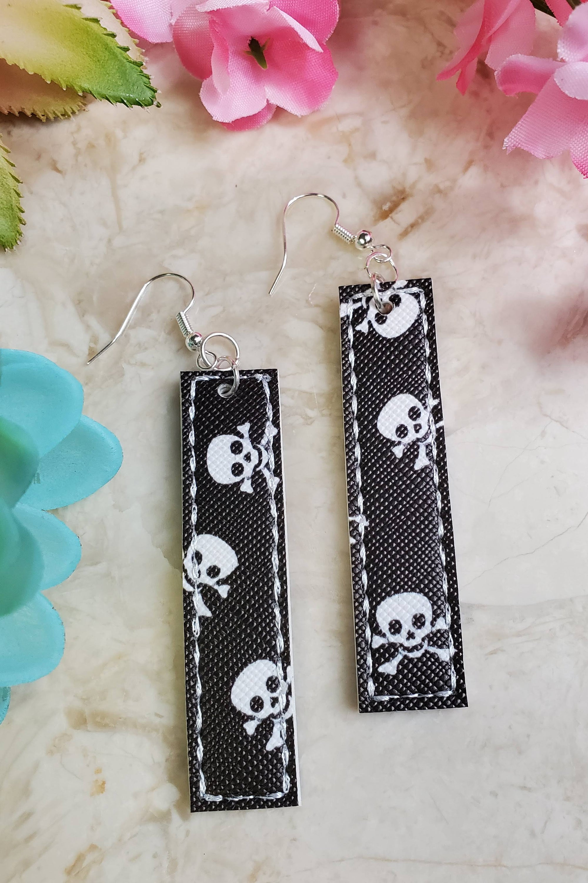 Black Skull Bar Handcrafted22 Earrings B-222