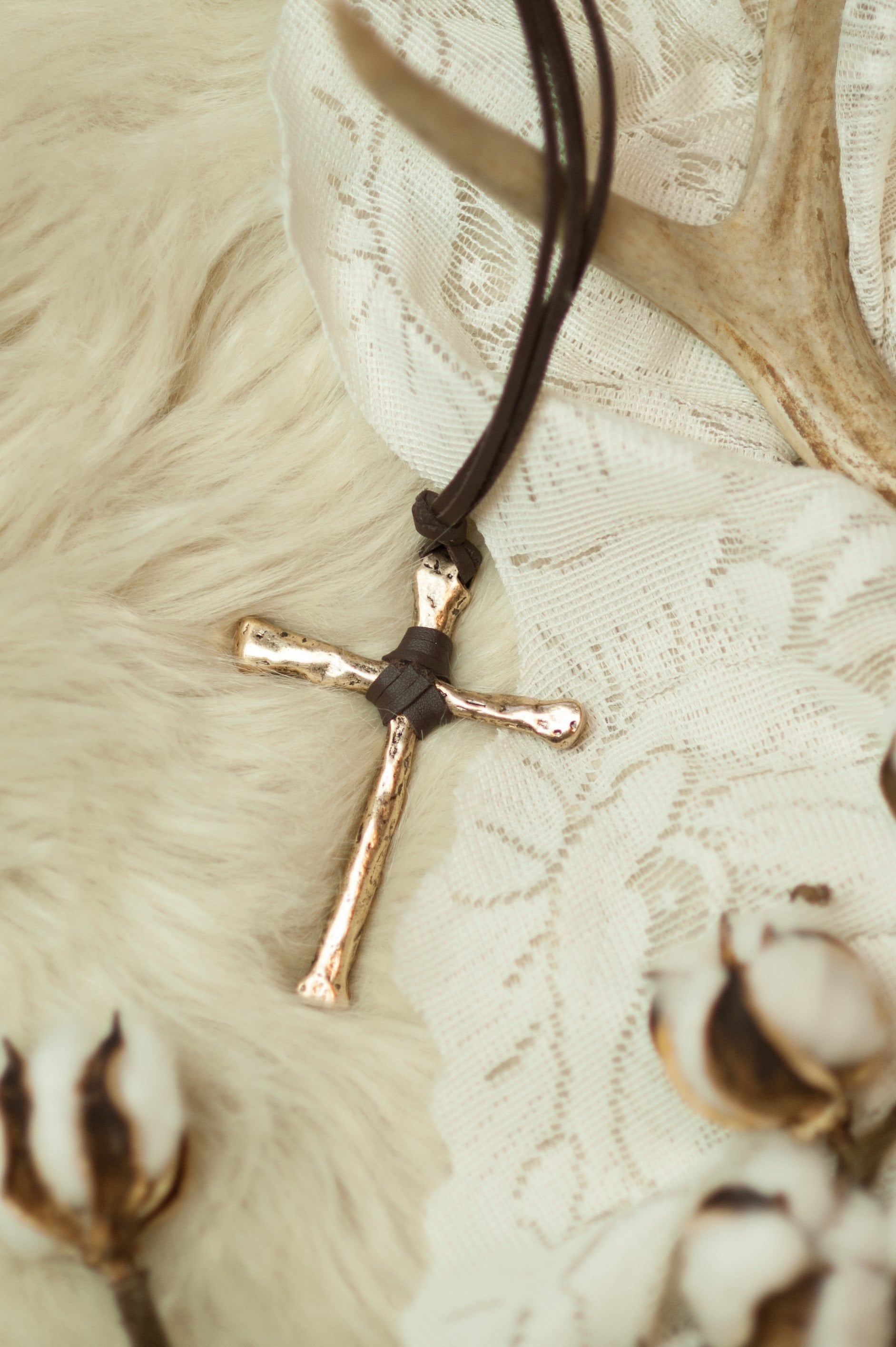 Gold Cross Necklace RP-1246