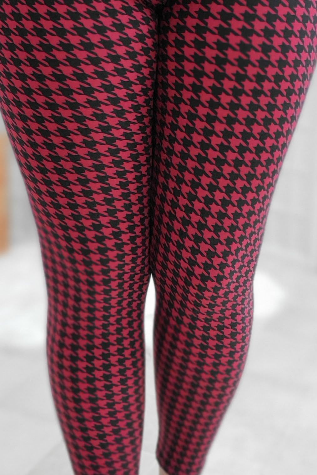 Ruby Houndstooth Leggings *SPECIALIZED*
