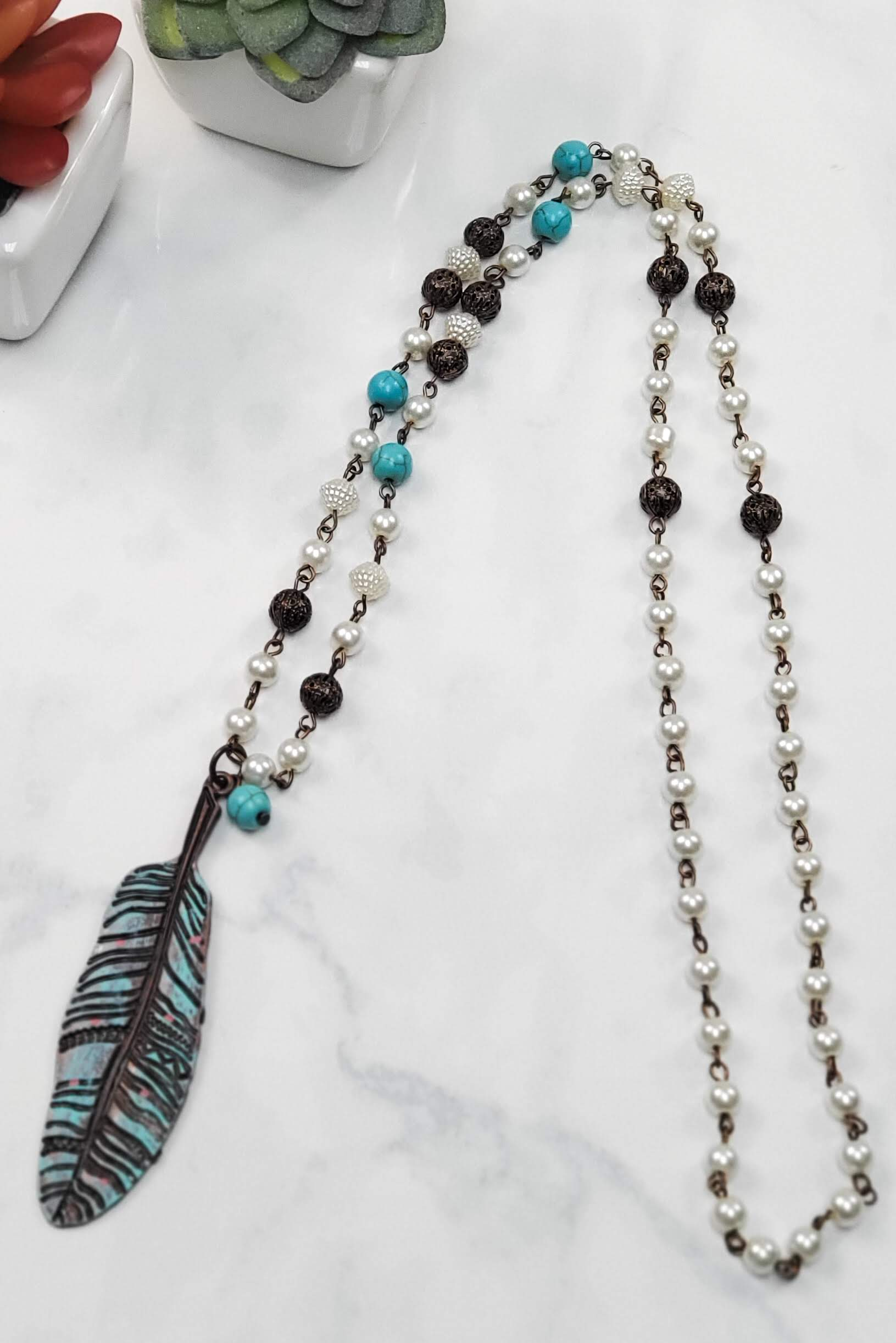 Beaded Turquoise Feather Necklace SN-8160