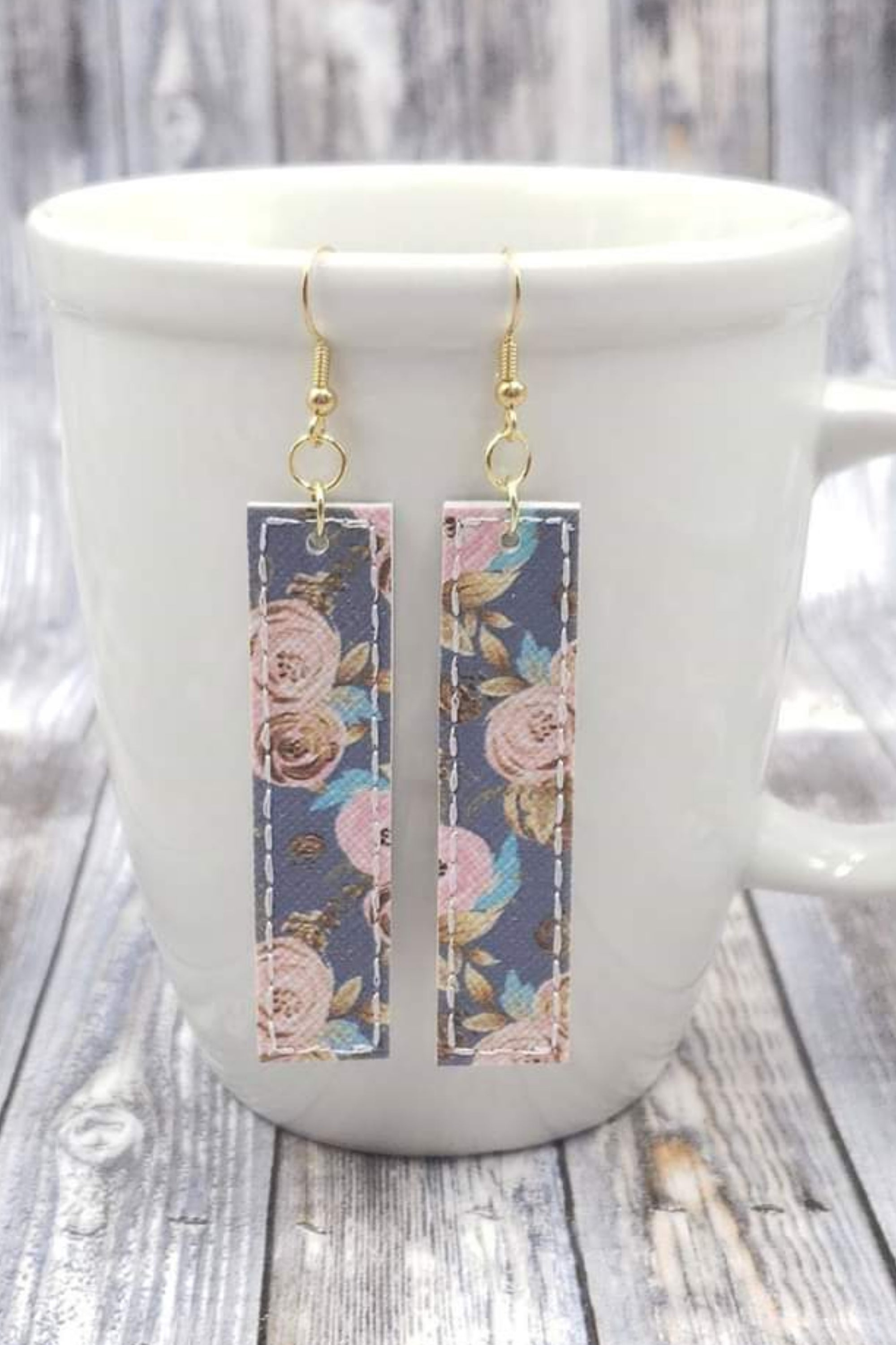 Floral Grey Blue Pink Bar Handcrafted22 Earrings B-219