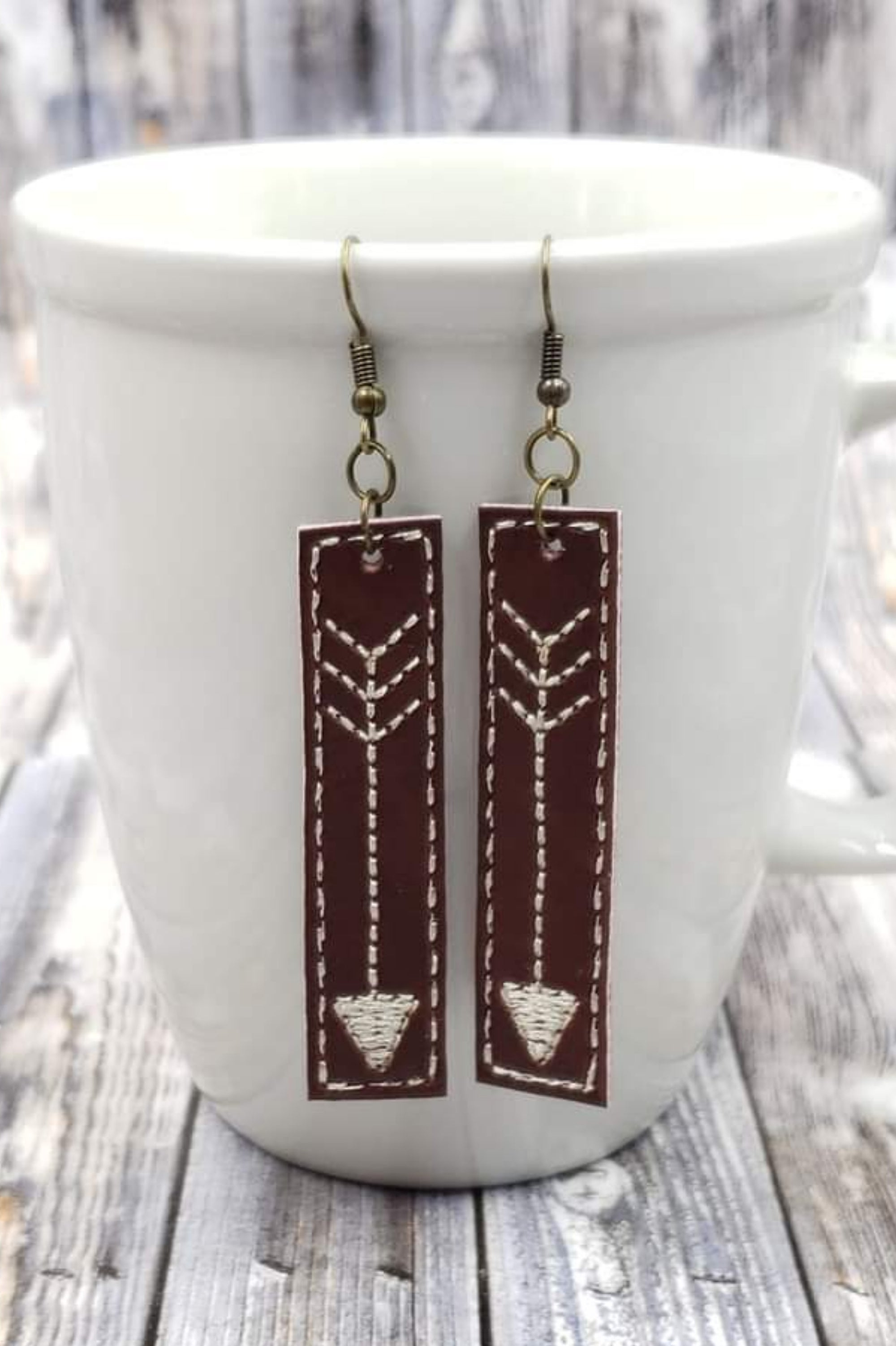 Arrow Brown Cream Bar Handcrafted22 Earrings B-203