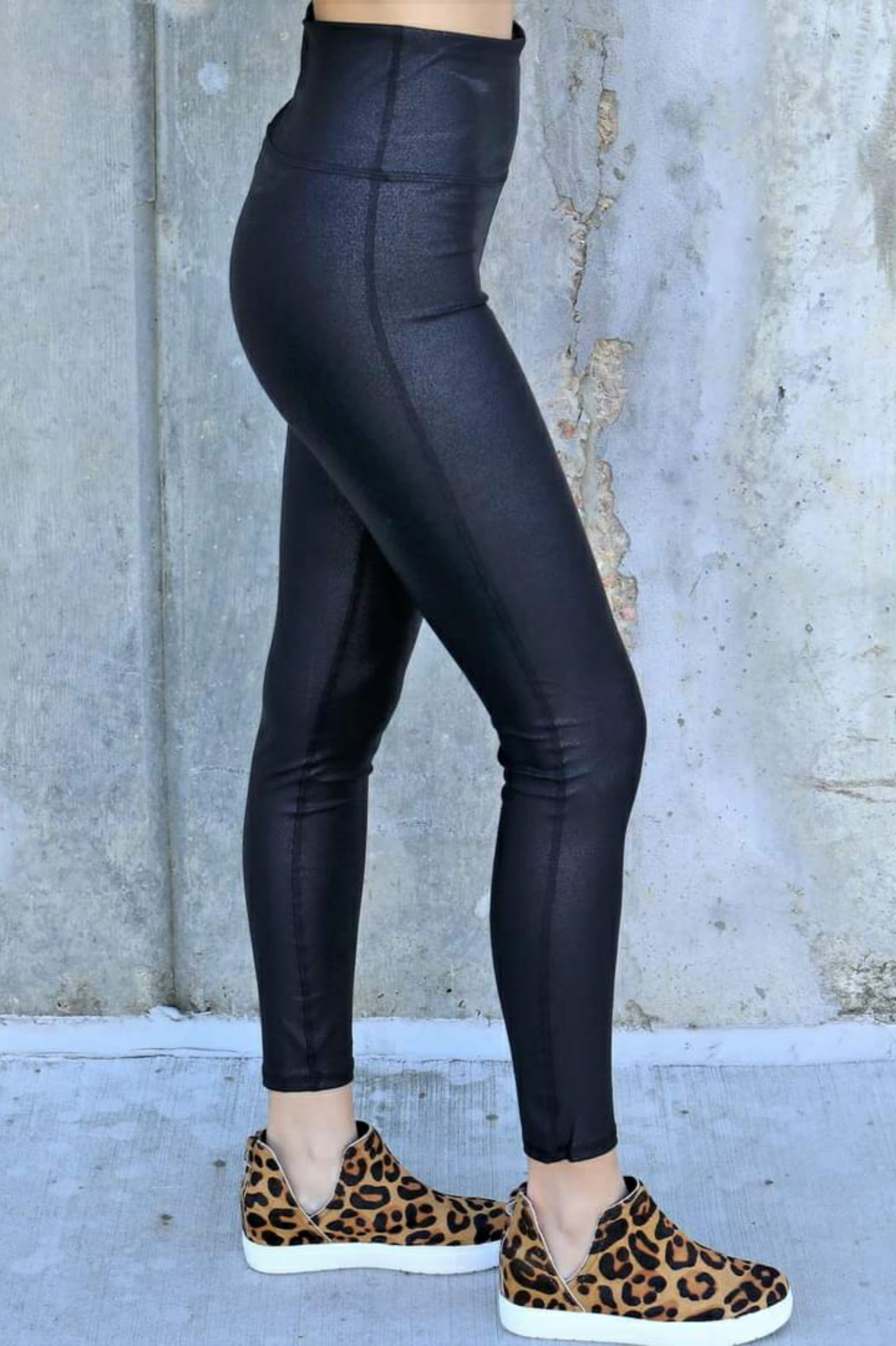 Pebble Compression Black Leggings