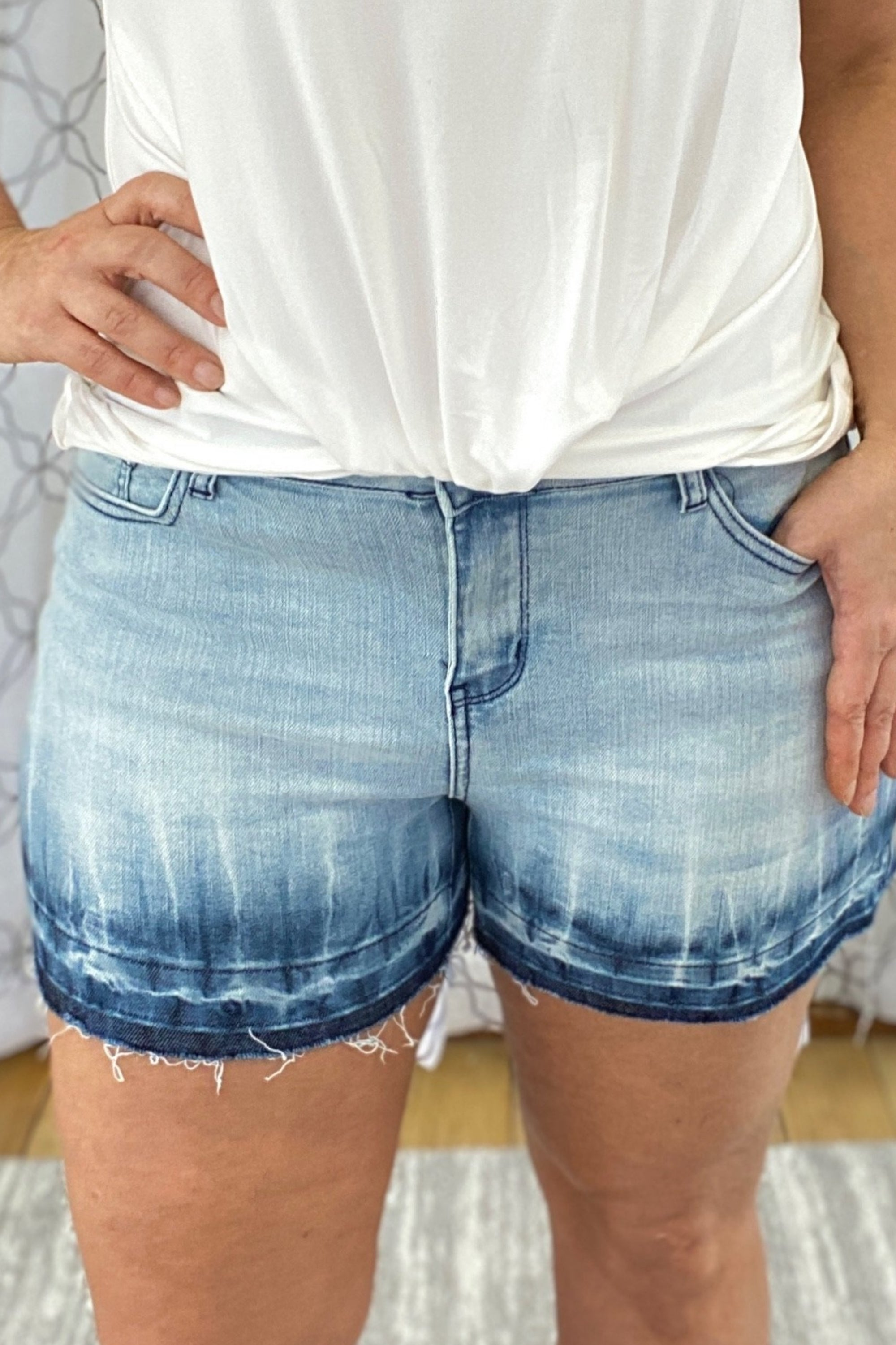Saltwater Ombre Judy Blue Shorts