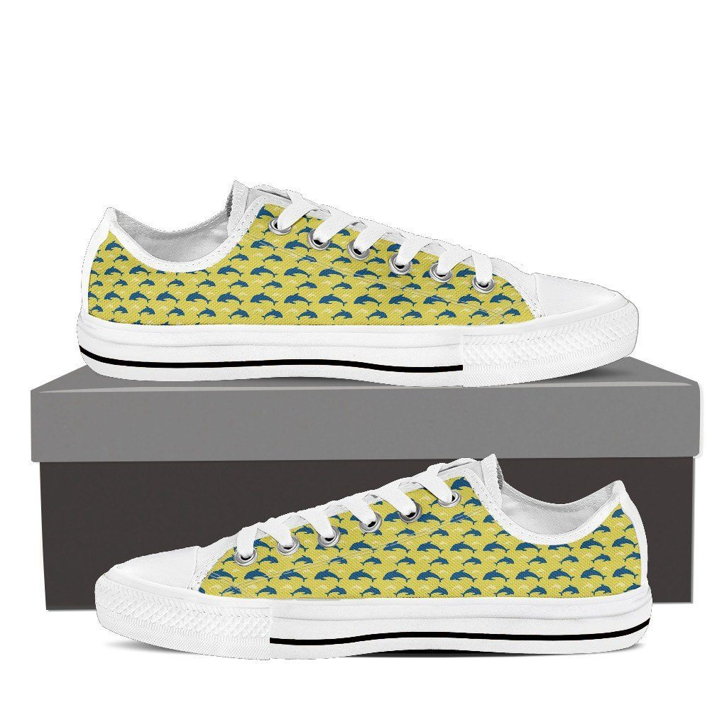 Dolphin 3 Low Tops Shoes Available in Men's and Women's Sizes
