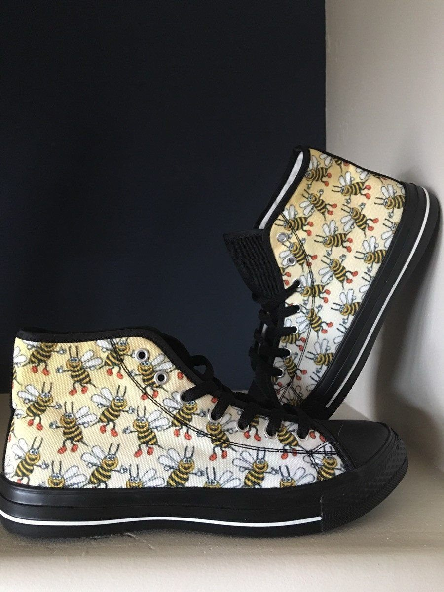 Women's Bee Print Black High Tops Shoes