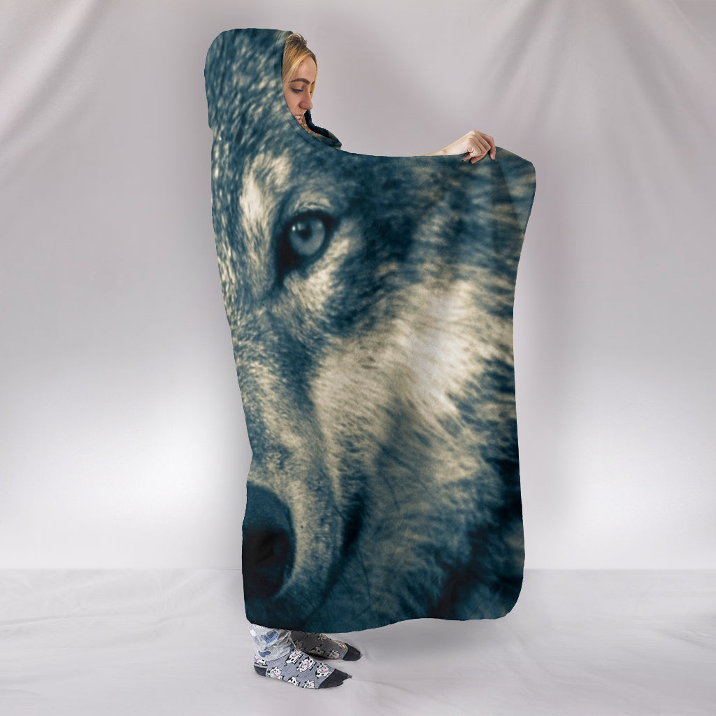 Wolf Head Themed Hooded Blanket