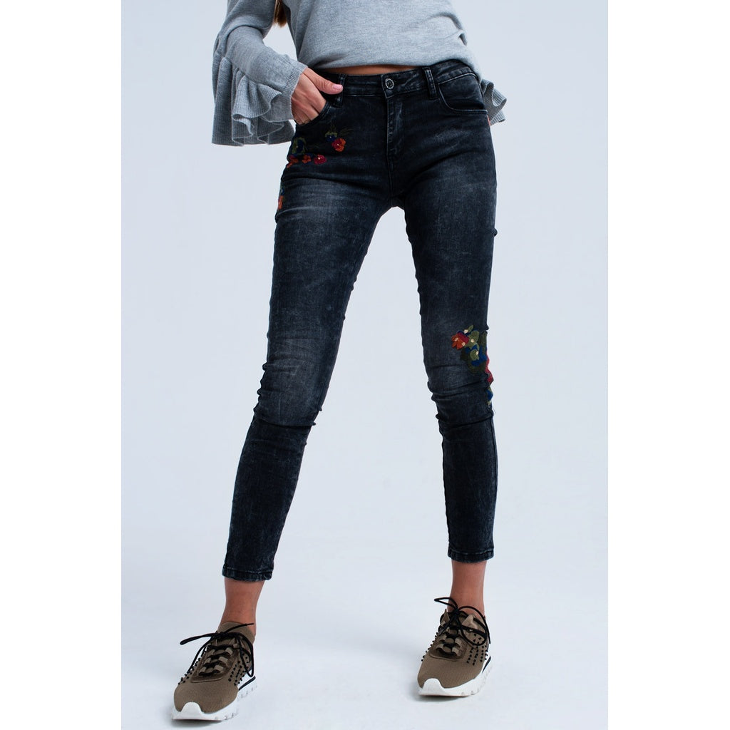 IVEY FLORAL EMBROIDERED JEANS - Gimmerton