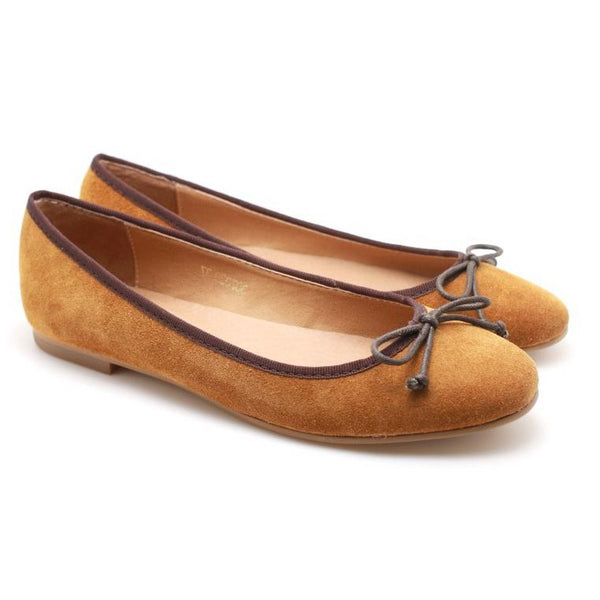 SWEET AND SMOOTH SUEDE WOMEN'S FLATS