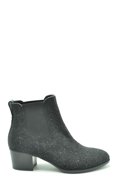UNDOUBTEDLY IN CHARGE WOMEN'S BLACK ANKLE BOOTS