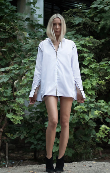 ENRAPTURE ME WHITE LONG SLEEVE TOP