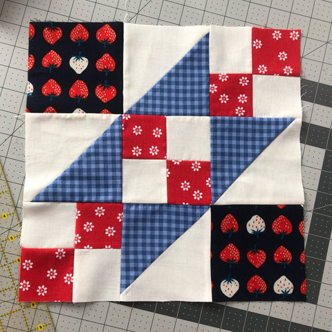 The Railroad Quilt Block A Free Pattern Indygojunction
