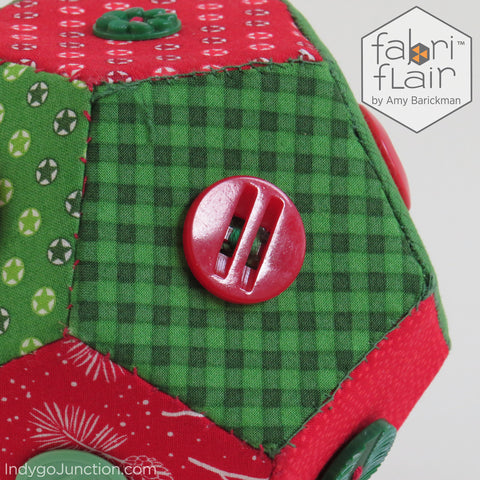 Christmas Faceted Sphere with buttons Pattern