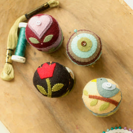 Folk Art Pincushions Pattern