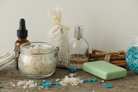 5 DIY Soap Dispensers for Your Bathroom