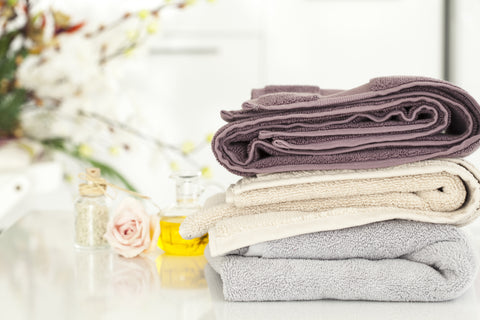 Choosing the Best Decorative Towels for Your Bathroom