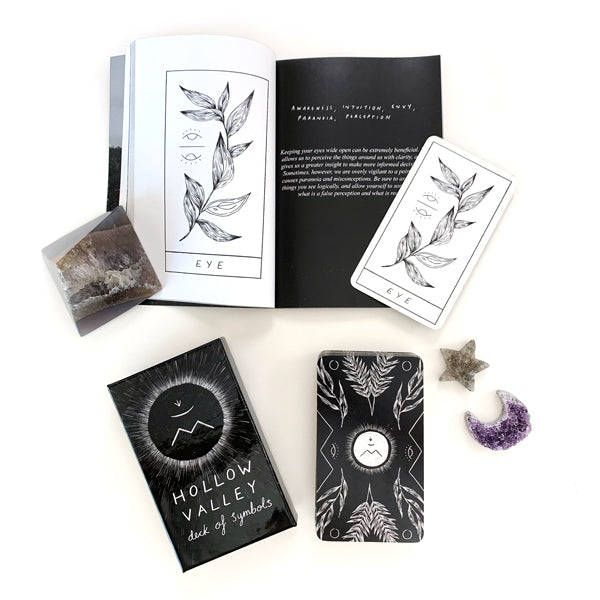 Hallow Valley Tarot Deck with Guidebook