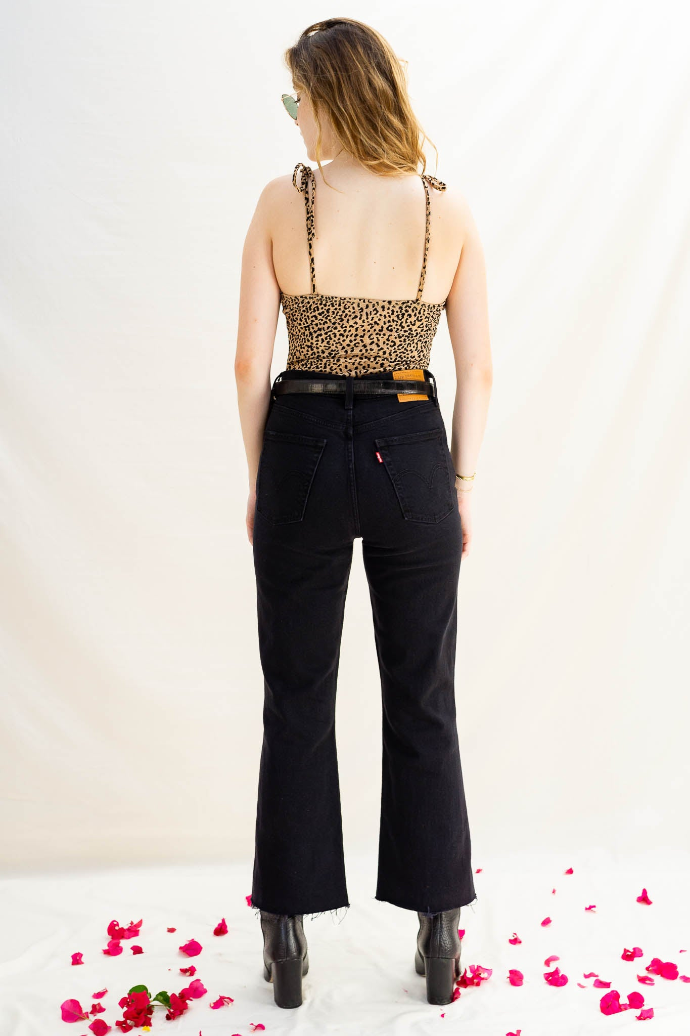 Levi's Ribcage Crop Flare - On The Rocks - The Canyon
