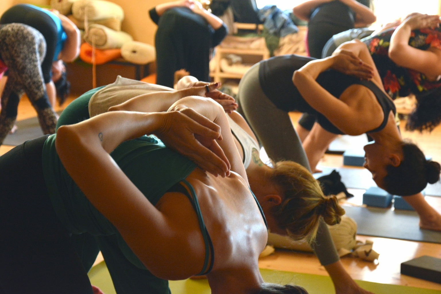 3 Ways to Keep your Focus in a Yoga Class