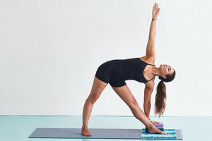 7 Ways to Use a Yoga Block