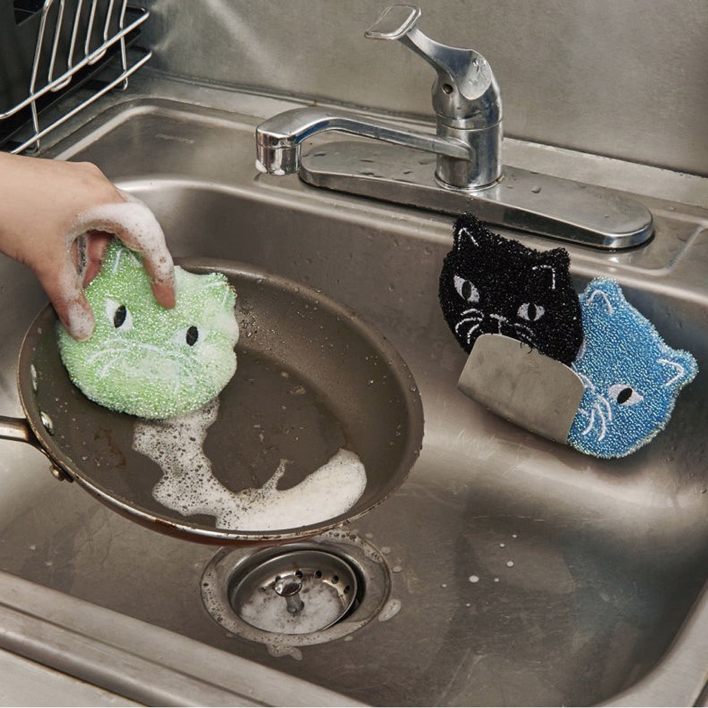 Cat Sponges In Use
